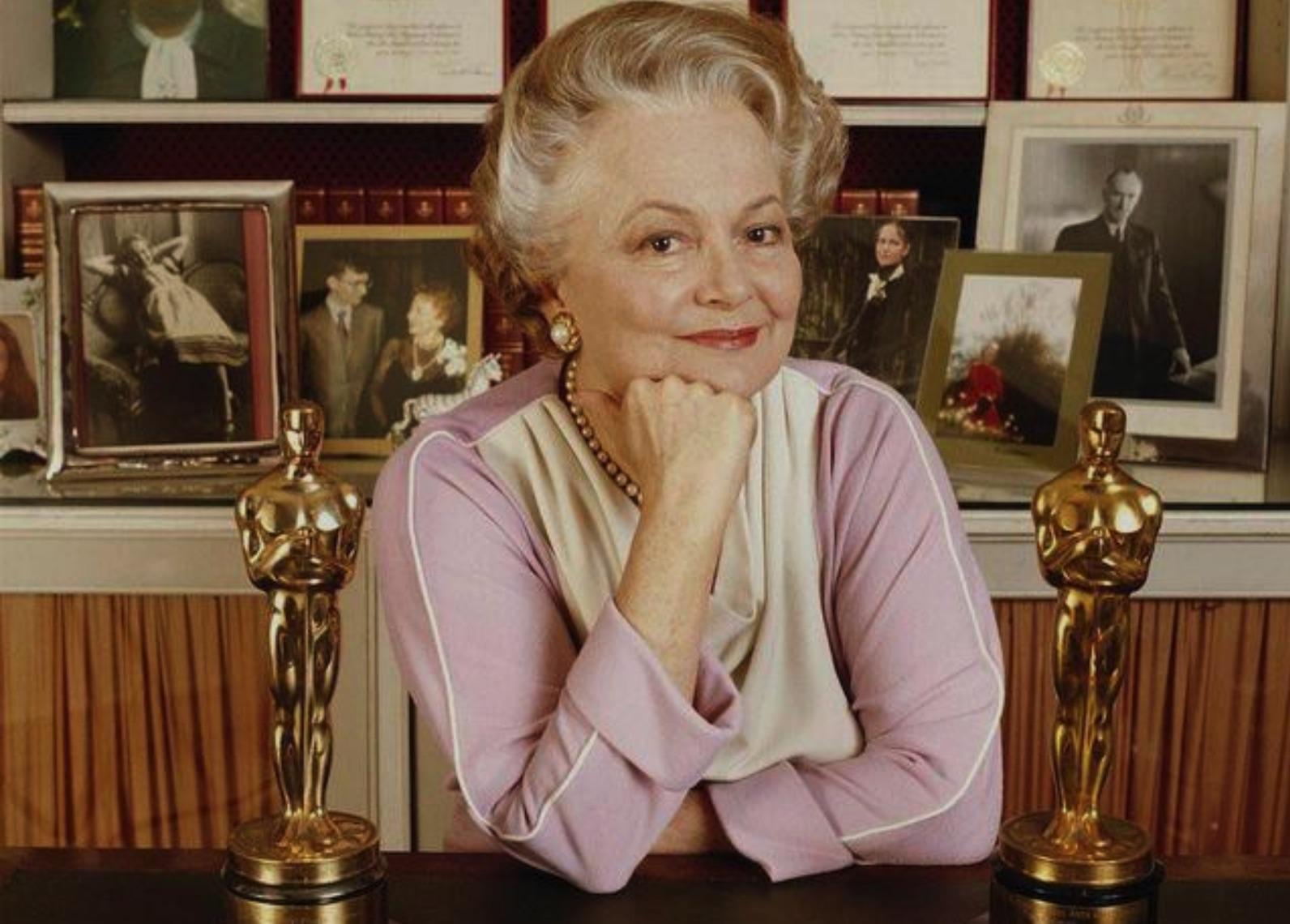 《乱世佳人》80年后,103岁的她活成了真正的那位佳人